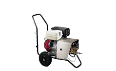 Pressure washers with petrol engine